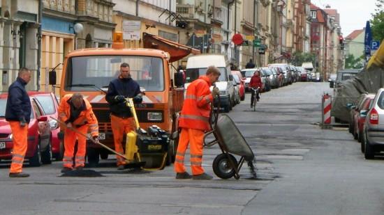 Straßenausbesserungsarbeiten auf der Louisenstraße 2010.