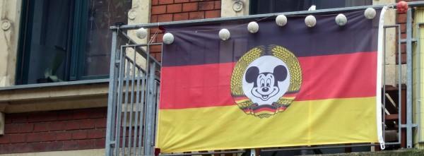 BRN-Flagge auf der Talstraße im Juni 2014