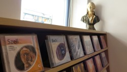 20.000 Schallplatten und CDs gibt es im Opus 61