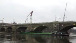 """""""Albis"""" blockiert die Elbe"""
