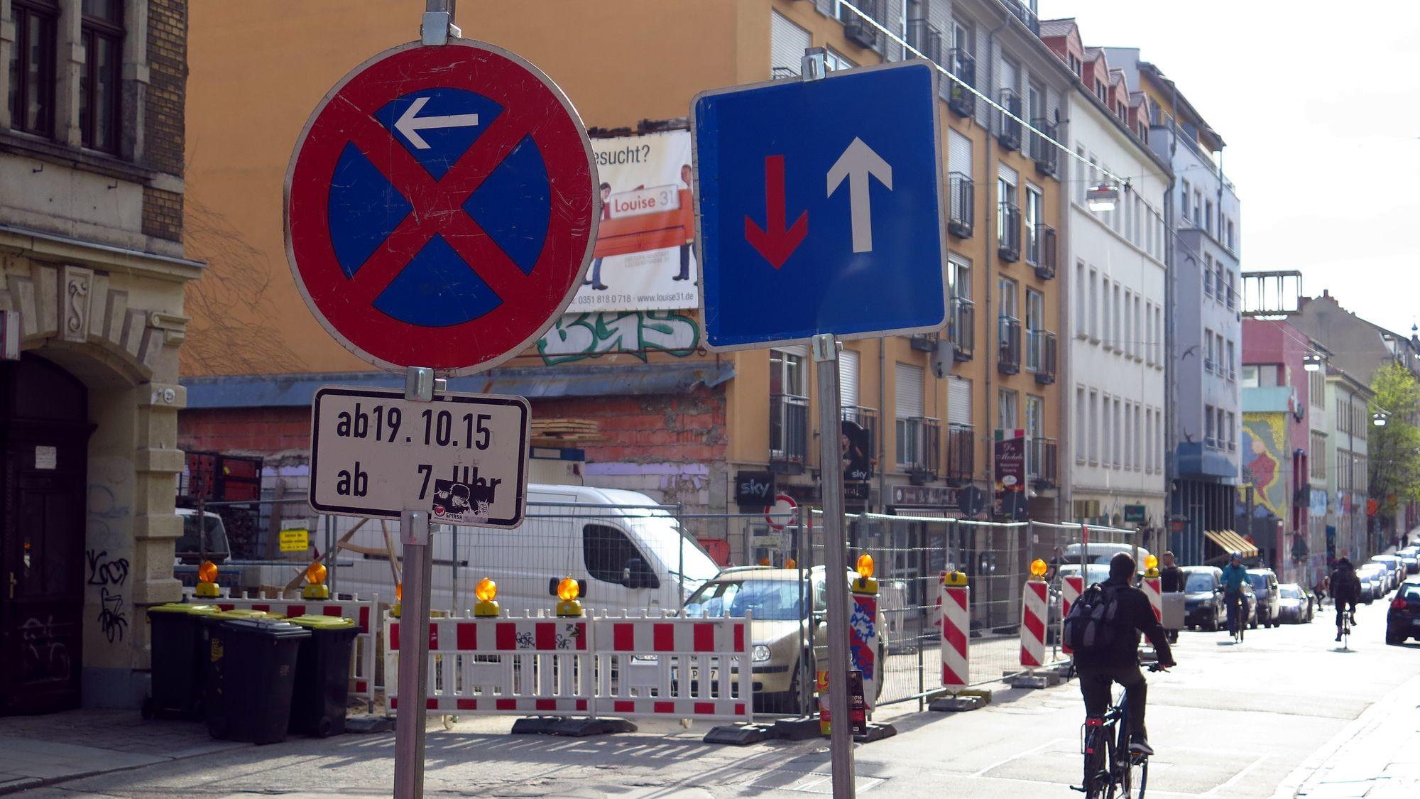 louisenstraße gesperrt: Louisenstraße vom 11. bis 22. April gesperrt.