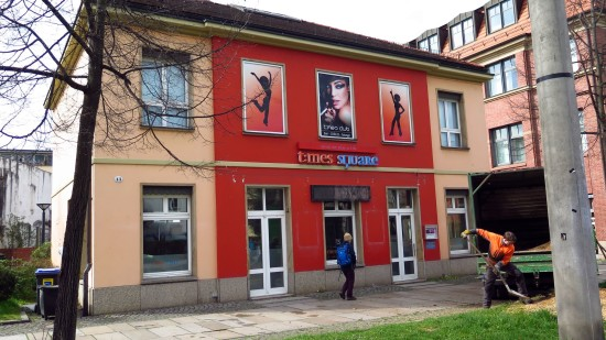 Ausgeraubt: times square an der Königsbrücker Straße