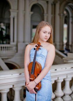 Geigerin Elizaveta Glazunova