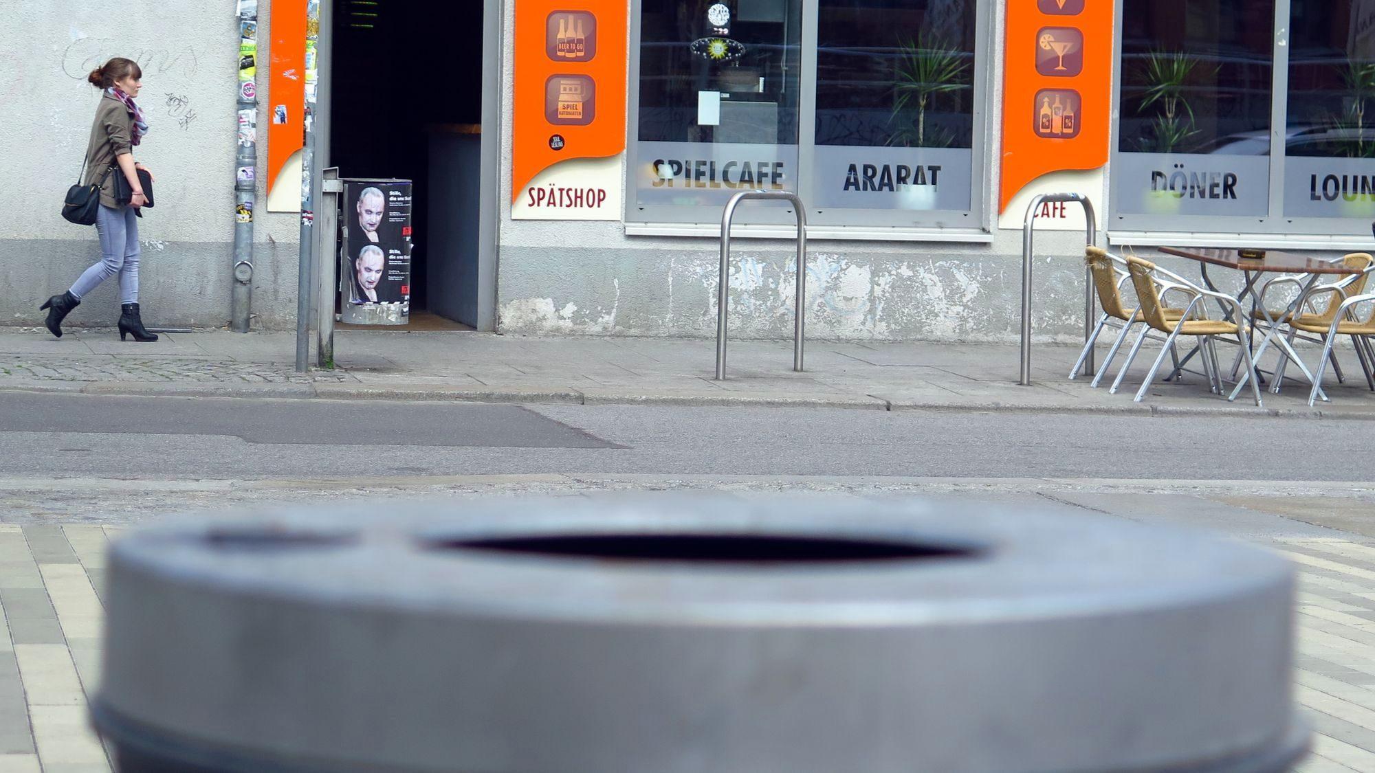 Spätshop auf der Alaunstraße