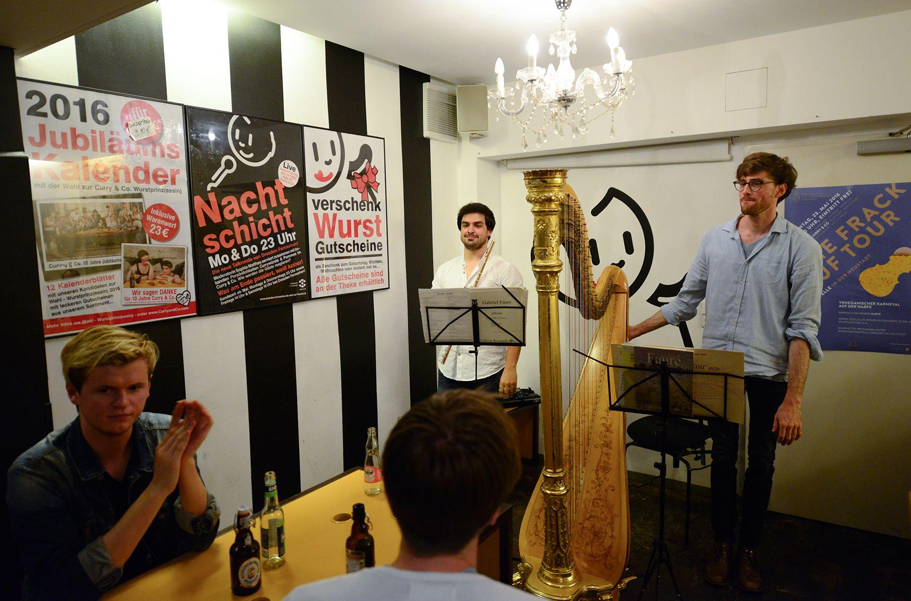 In Curry & Co.: Diego Aceña Moreno (Flöte), Markus Thalheimer (Harfe) (von links nach rechts) Foto: Matthias Creutziger