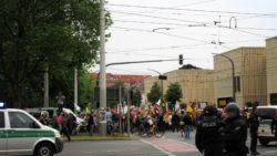 Pegida-Anhänger am Albertplatz