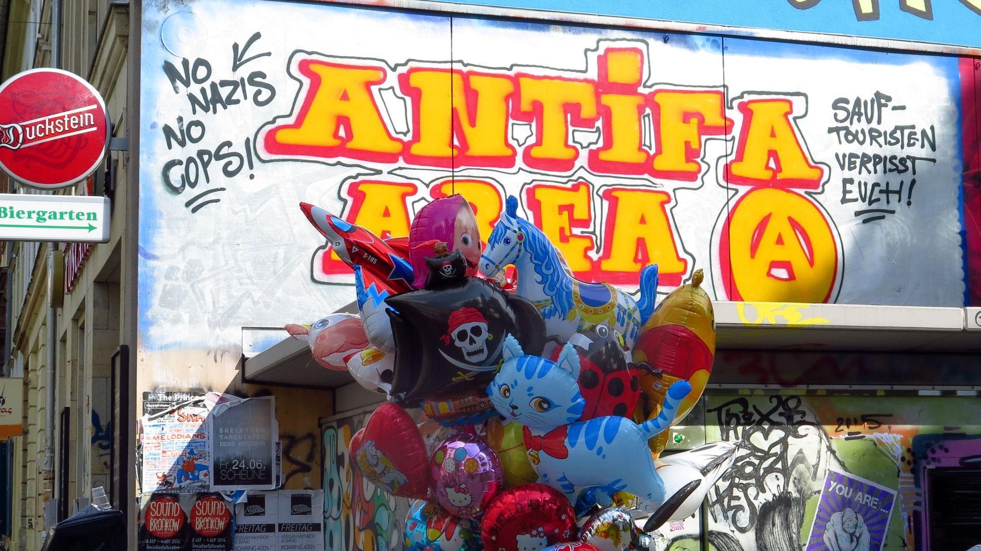 Antifa-Area meets Einhorn