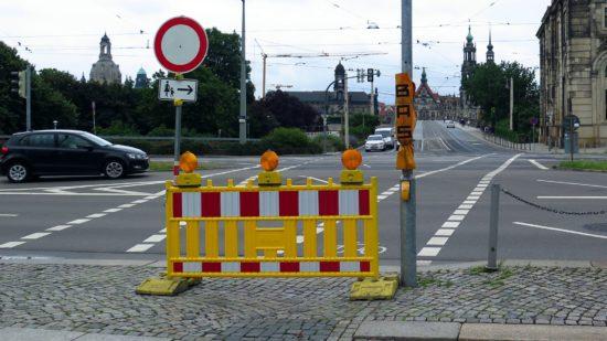 Künftig sollen an dieser Stelle nicht nur Radfahrer sondern auch Fußgänger ampelunterstützt queren können.