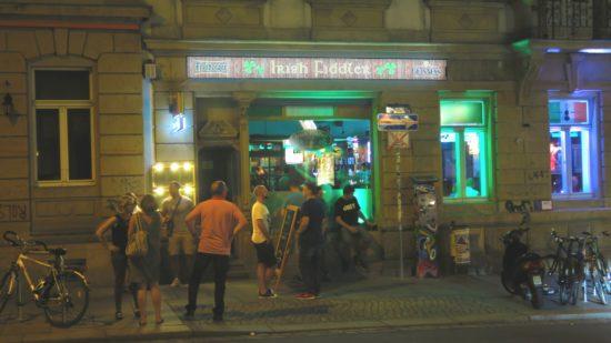 Irish Fiddler auf der Alaunstraße