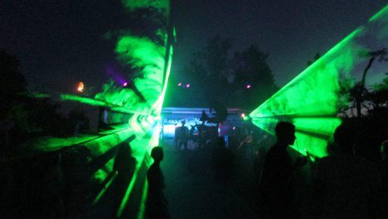 Und zu später Stunde mit Techno und Lasershow