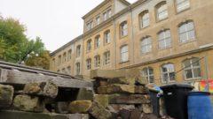 Baustelle auf dem Schulhof