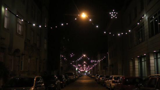 Weihnachtsgeschmückte Katharinen-Straße