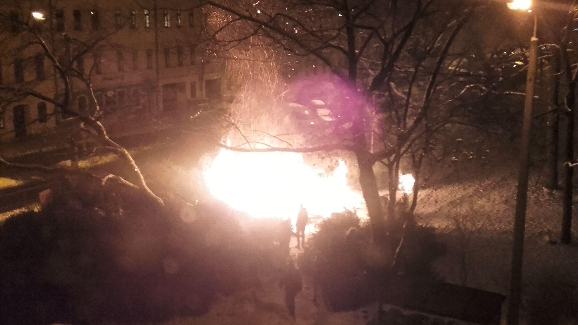 Brand an der Ecke Bischofsweg/Kamenzer Straße
