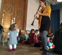 Klara Fabry an der Klarinette