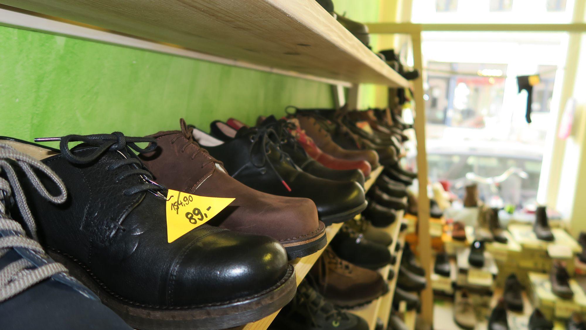 Schuhe in Hülle und Fülle