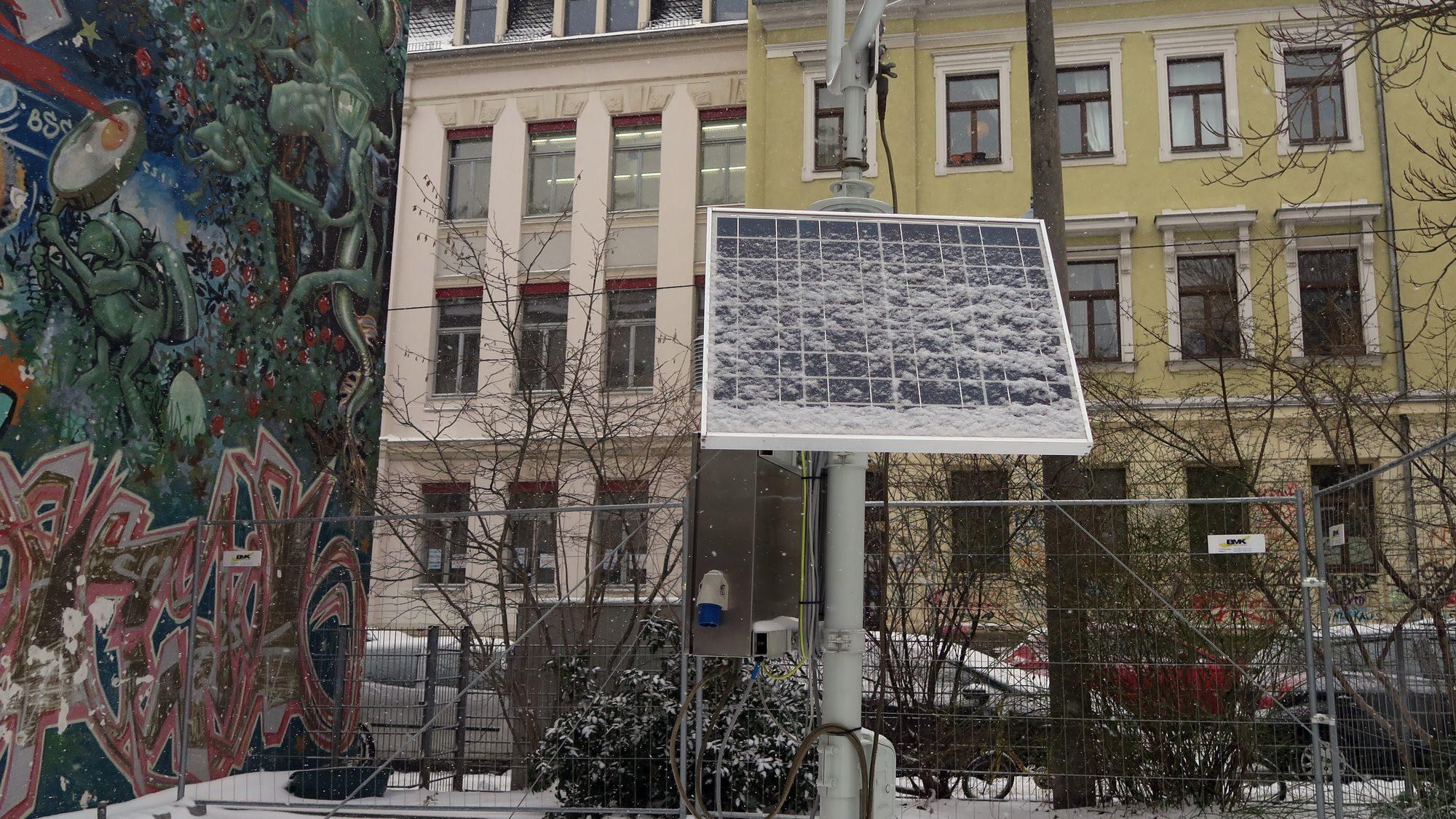 Neue Wetter-Mess-Station an der Försterei-/Ecke Jordanstraße