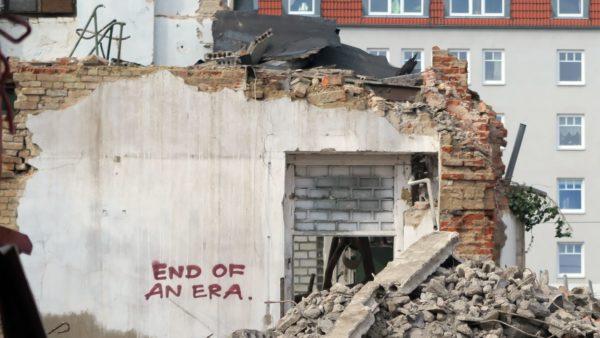 Abriss für Grundschule im Drewag-Gelände