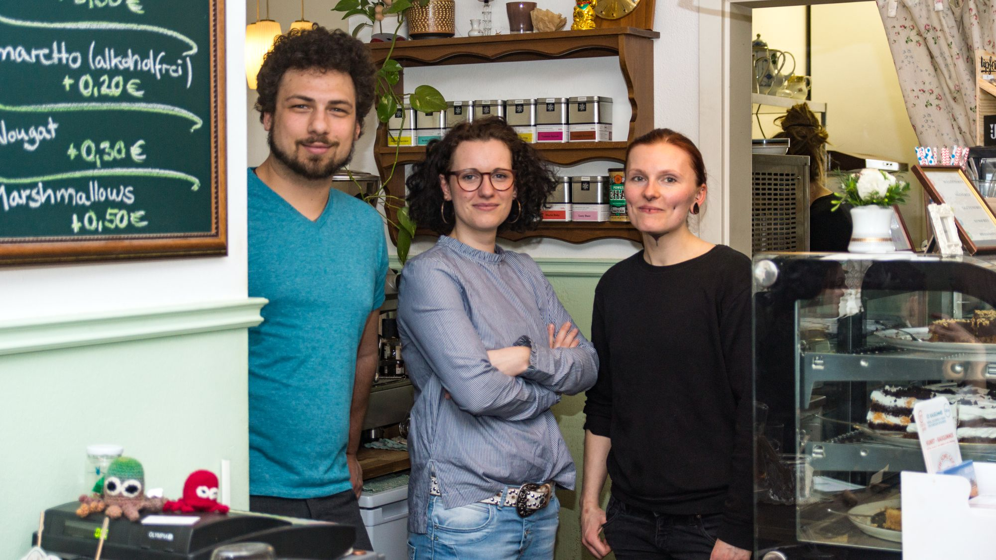 """Falko Pietsch und Susanne Behner haben von Sarah Fritzsche das """"V-Cake"""" übernommen. Foto: Der Artgenosse, Patrick Schönfeld"""