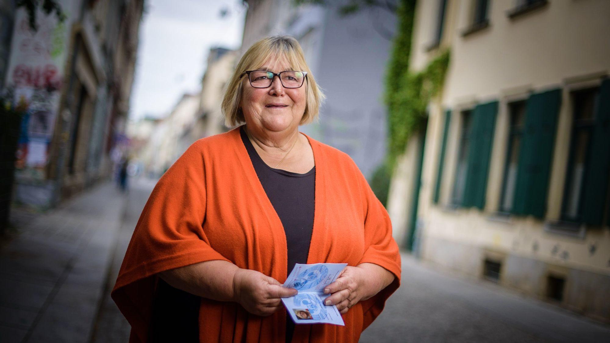 Friederike Beier auf der Böhmischen Straße - kurz vor ihrem Auszug aus der Neustadt - Foto: André Wirsig