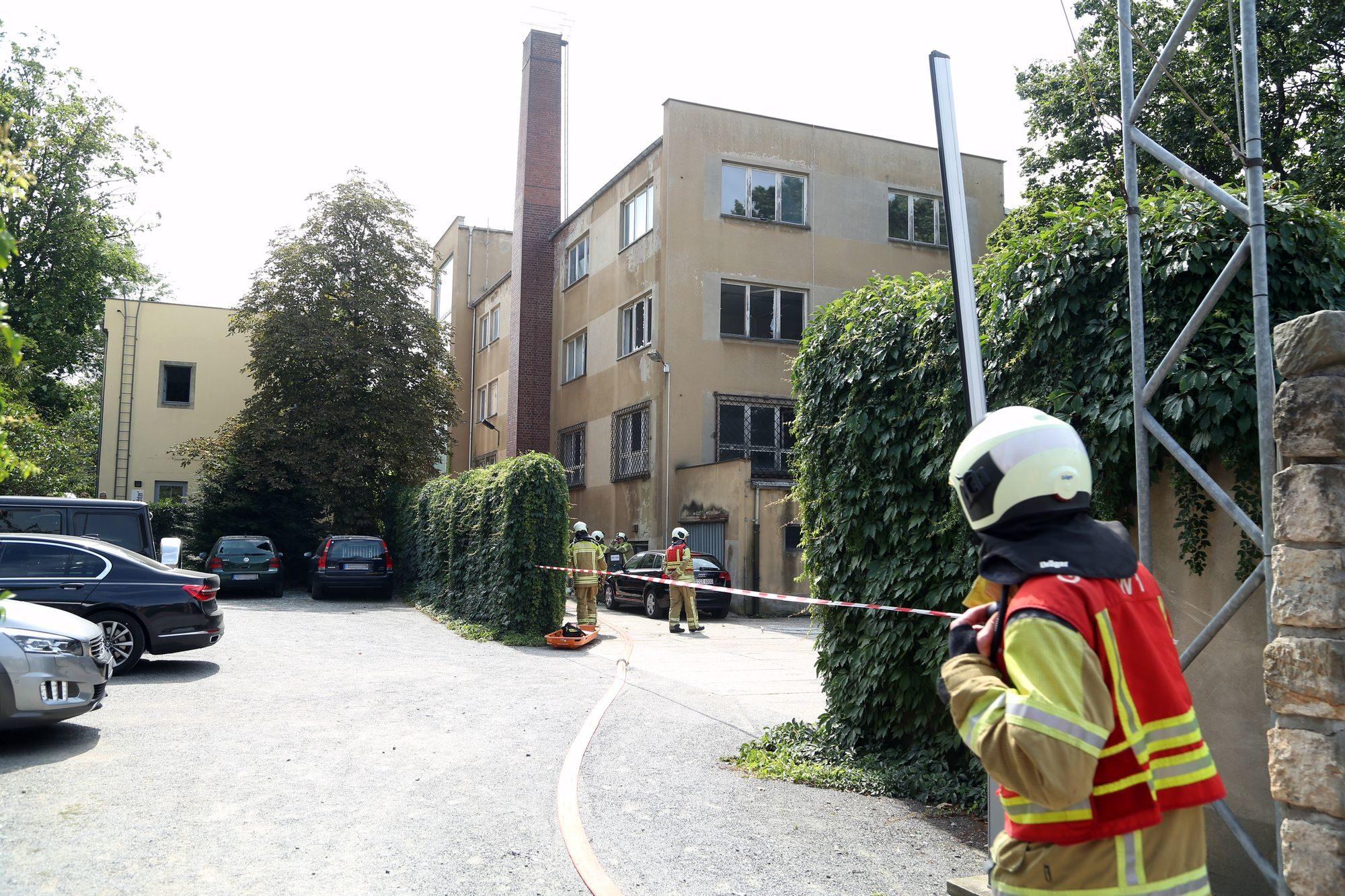 Explosion an der Theresienstraße - Foto: Roland Halkasch