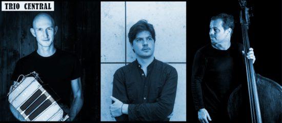 Trio Central: Pablo Woizinski am Klavier, Christian Gerber am Bandoneon und Tino Scholz am Kontrabass