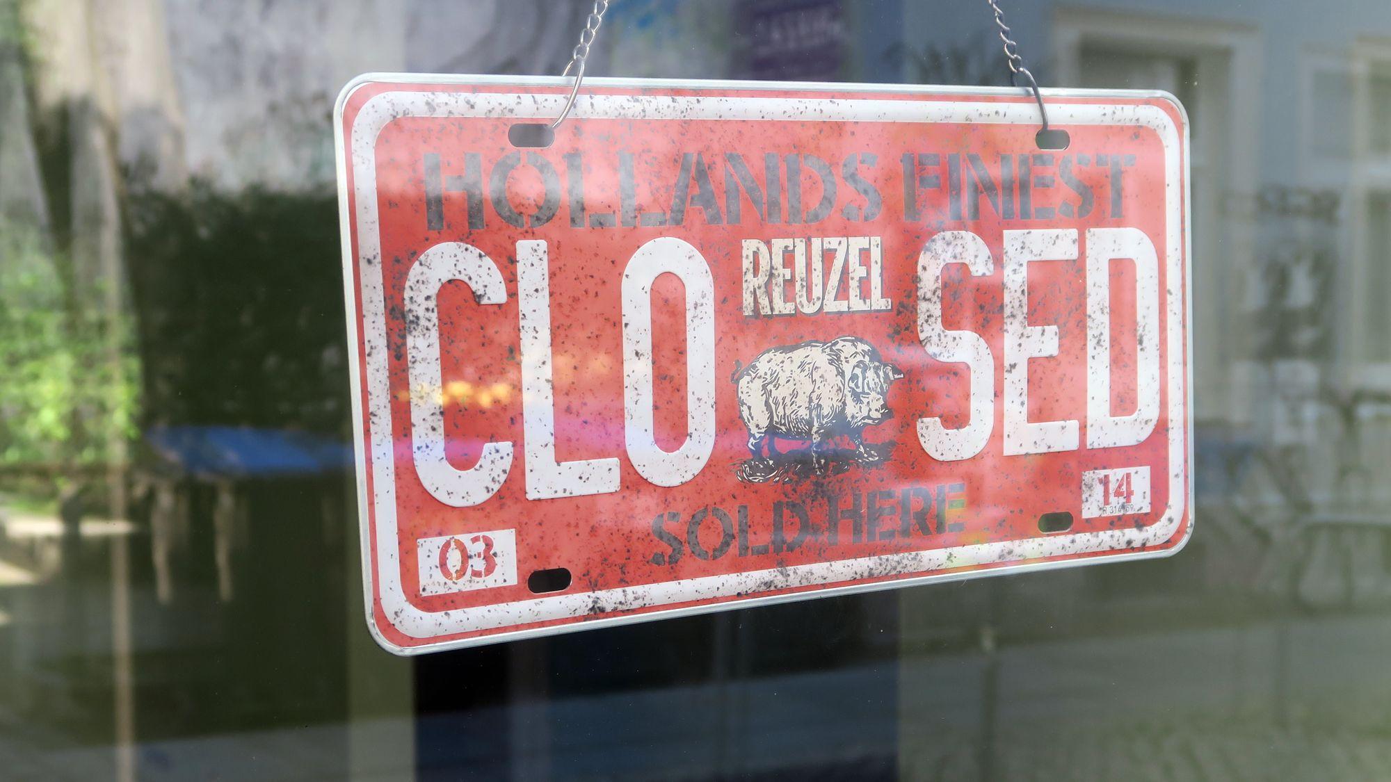 Closed - Geschlossen