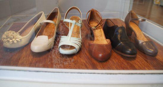 Eine Auswahl von Schuhen der jungen Designerin Chia Mihara