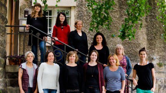 Das Team des *sowieso* berät Frauen in schwierigen Situationen und bietet außerdem viele Kulturangebote an.