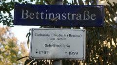 Die Bettinastraße zwischen Angelika- und Klarastraße