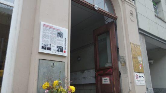 """Gedenktafel """"Denkzeichen"""" an der Bautzner Straße 20"""
