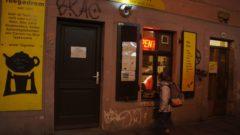 Das Teegadrom: Mit dem Charme einer Schaubude