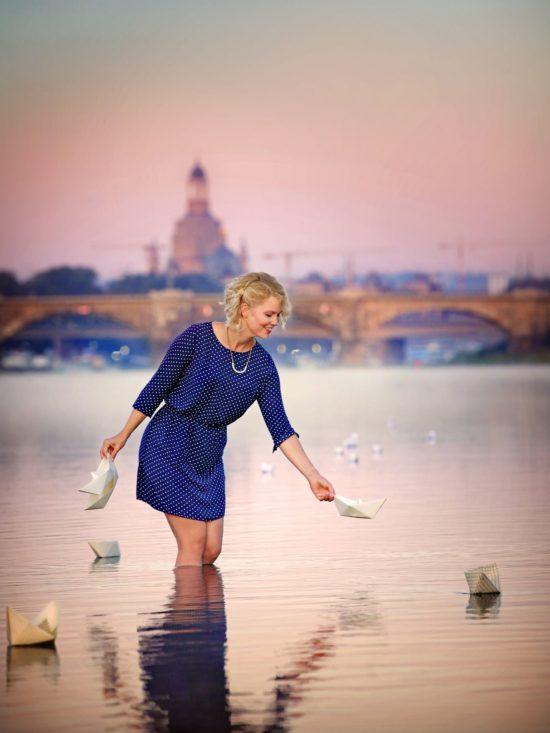 Titelbild der zweiten Stadtluft mit Glücksforscherin Saskia Rudolph - Foto: Amac Garbe