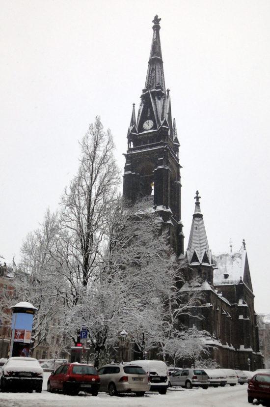 2010: Schneebedeckte Martin-Luther-Kirche