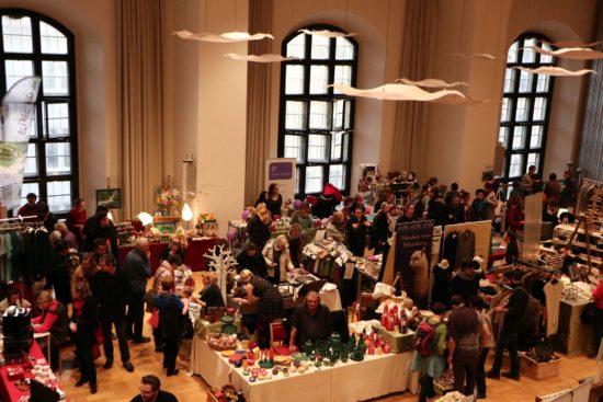 5. Fairer Weihnachtsmarkt in der Dreikönigskirche - Foto: PR/B2MS GmbH