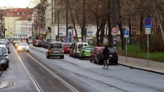 Tempo 30 auf dem Bischofsweg gilt nur in Richtung Königsbrücker.