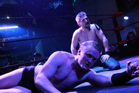 Ilja Dragunov (vorn) und Herausforderer Franz Engel - Foto: Linda Scholz