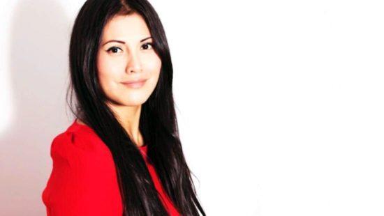 Chefin der Sprachschule Karin Barrios