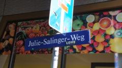 Der Julie-Salinger-Weg trägt seit 2016 diesen Namen