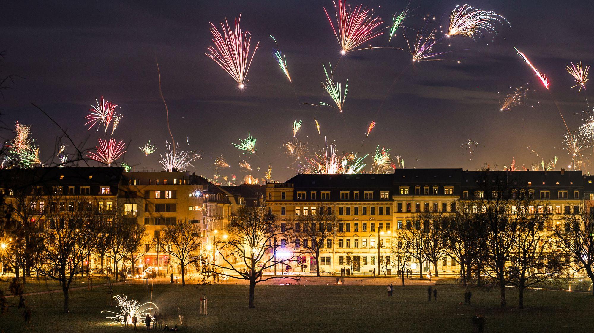 Silvesternacht über dem Alaunplatz - Foto: Robert Seifert