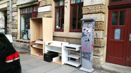 Tauschschrank-Ensemble auf der Kamenzer Straße