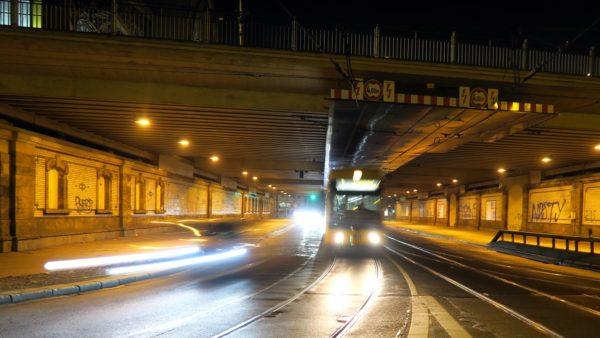 Tunnel neben dem Bahnhof Neustadt