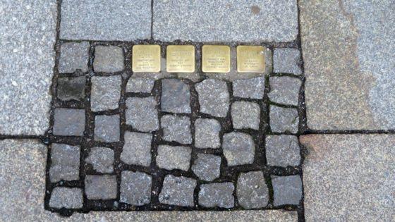 Stolpersteine auf der Louisenstraße