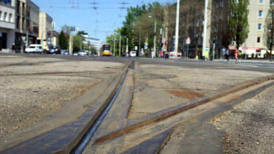 Gleise müssen ausgetauscht werden.