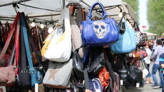 Taschen in allen verschiedenen Größen.