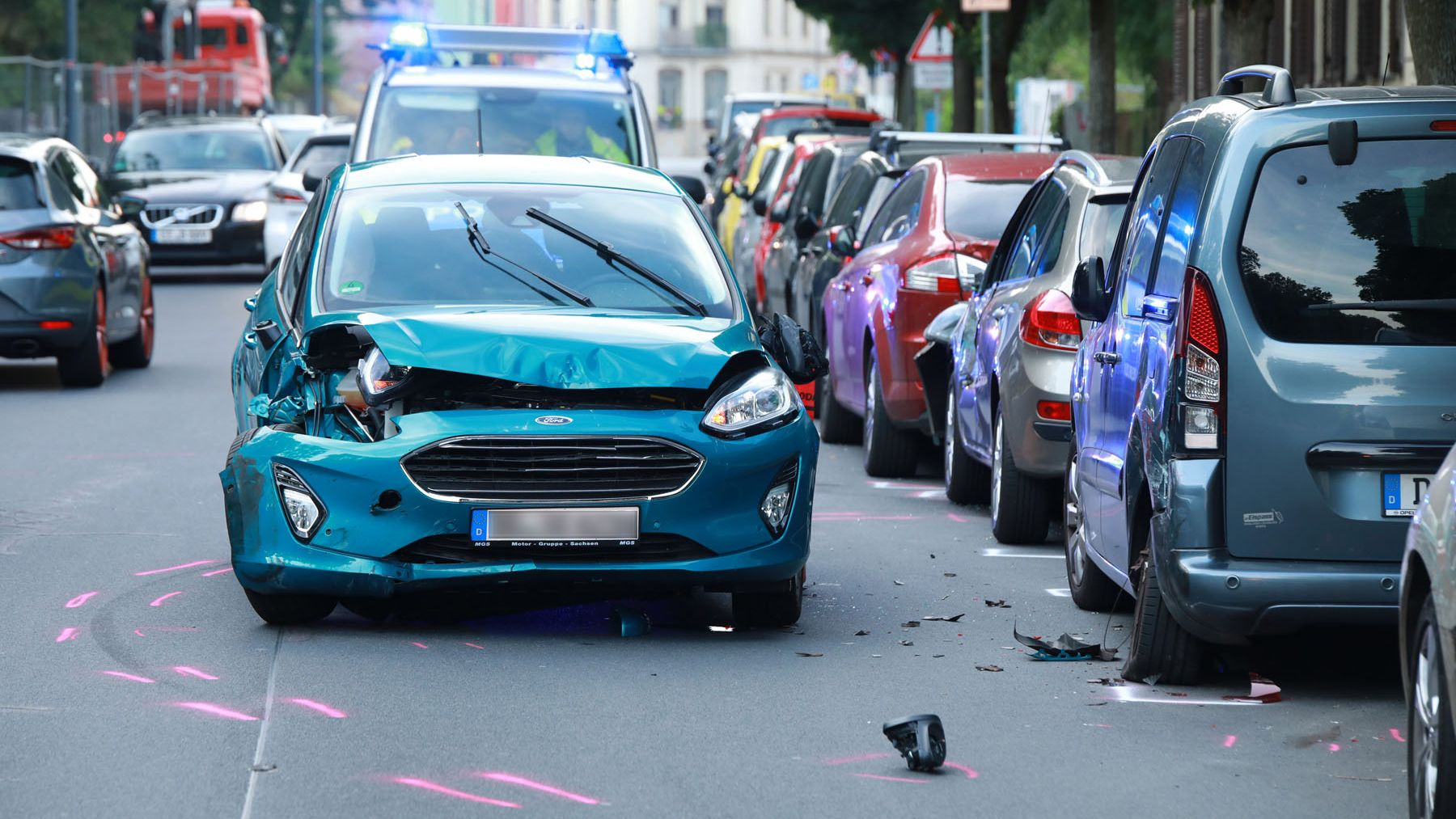 Unfall auf der Hechtstraße - Foto: Roland Halkasch