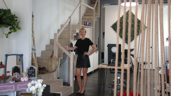 Jeannette Krech in ihrem Salon