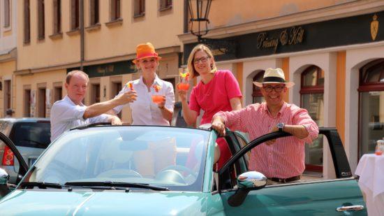 Die Gewinner des Cabrios für ein Wochenende sollten sich dann aber für einen alkoholfreien Cocktail entscheiden.