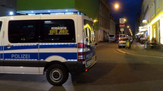 Polizeikontrolle auf der Alaunstraße. Foto: Archiv