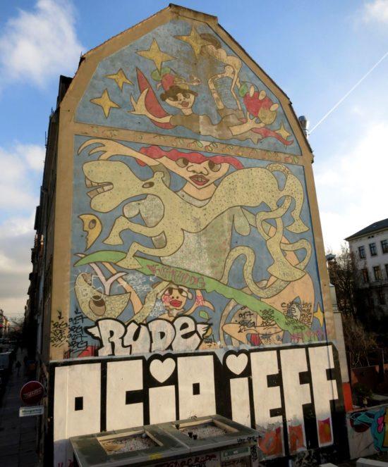 Richaâârds berühmtes Werk an der Louisenstraße im Herbst 2014