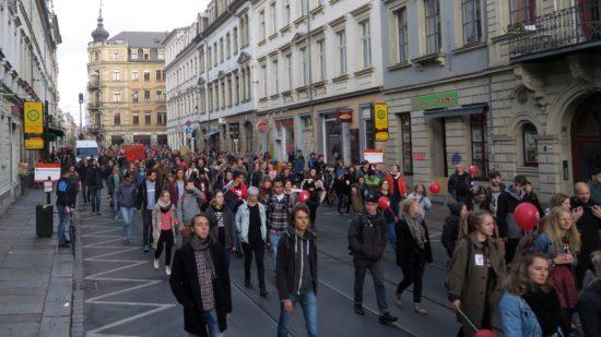 Demo auf der Rothenburger Straße